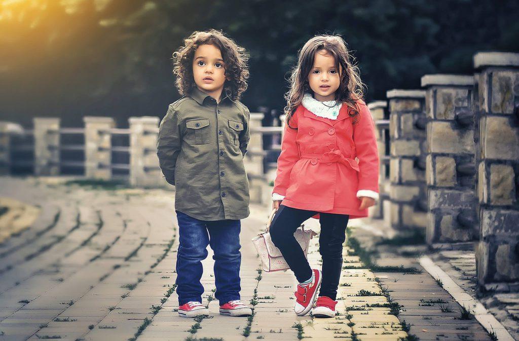 child-817368_1280