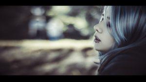 vampire-girl-1333631_1280